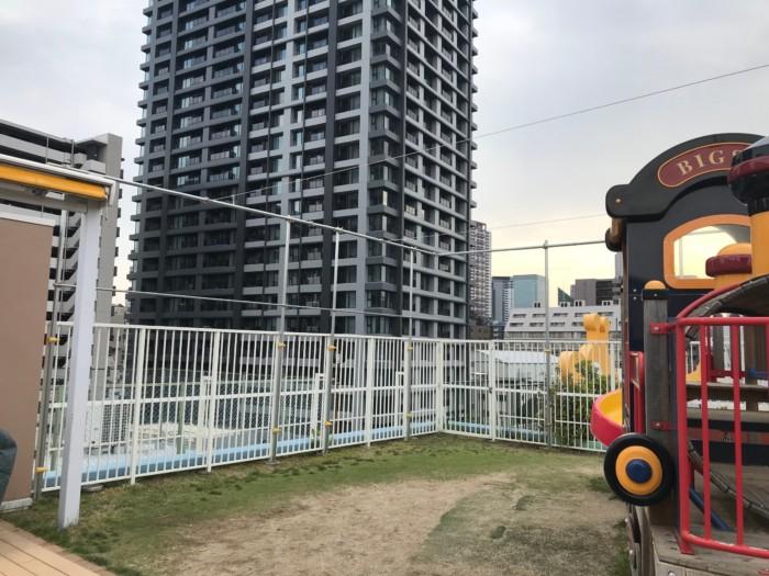 【施工実績】大阪市内某保育園日除けネット工事完了